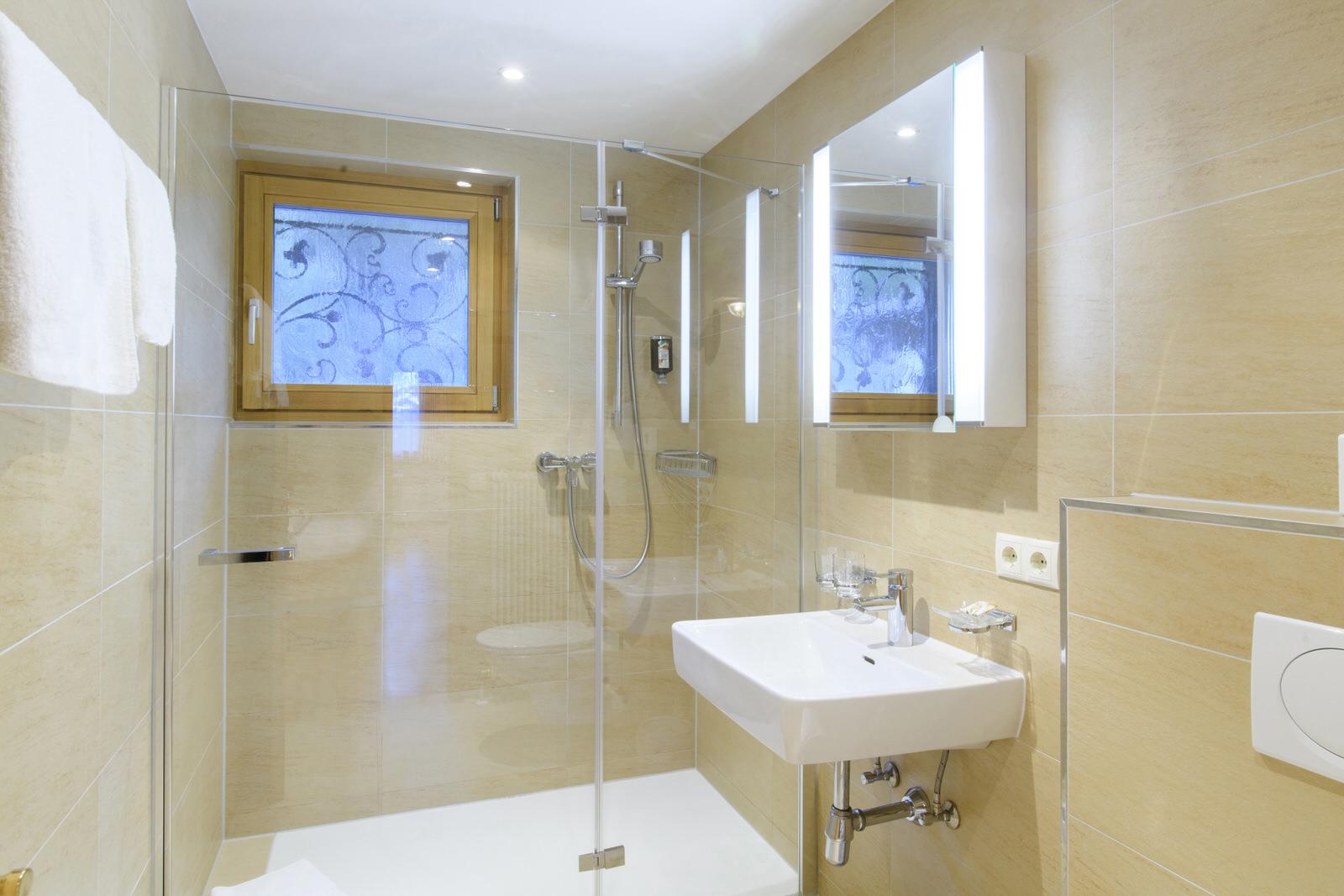 Rappakopf Forrest house in the Montafon - bathroom