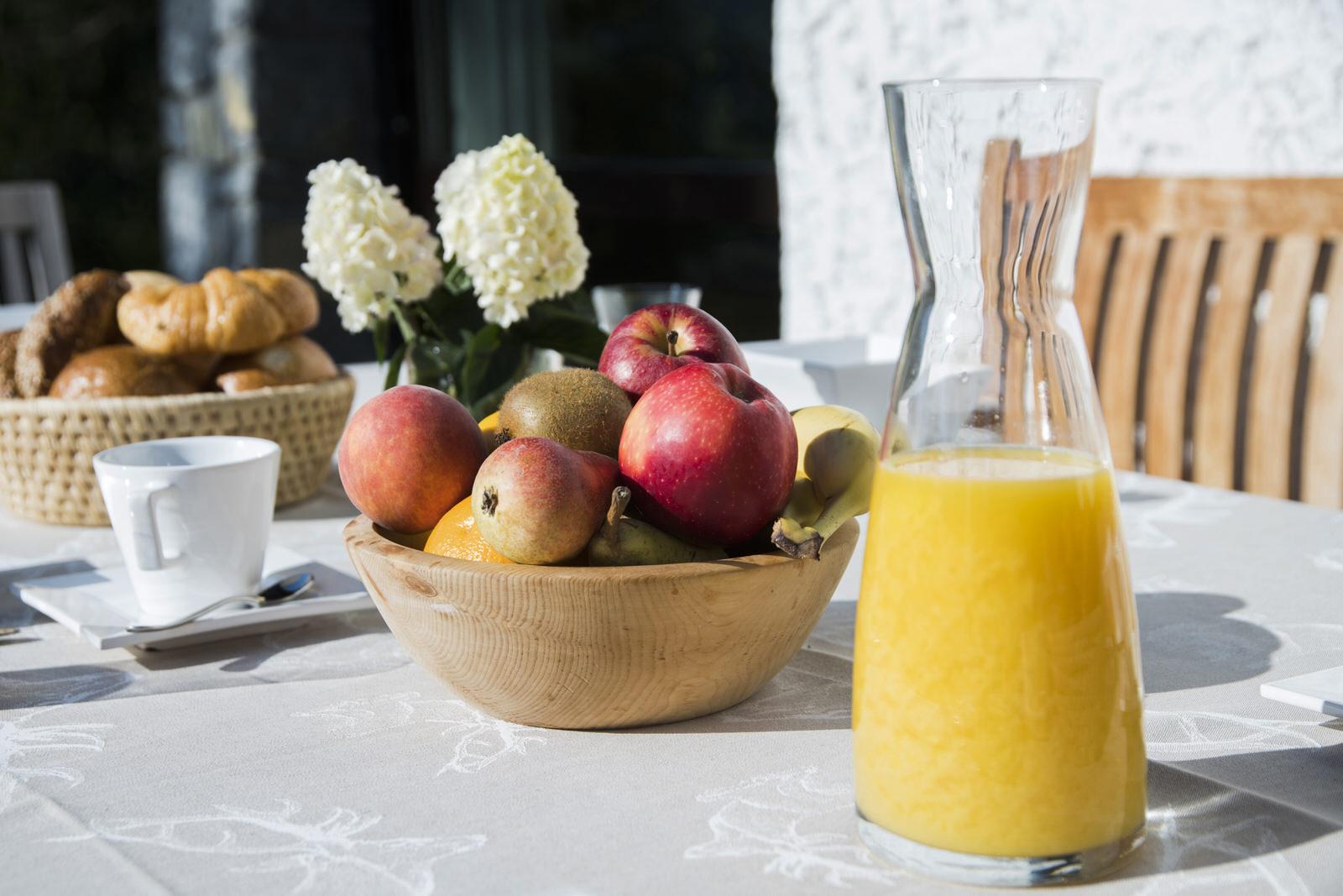 Rappakopf Forrest house in the Montafon - outdoor breakfast