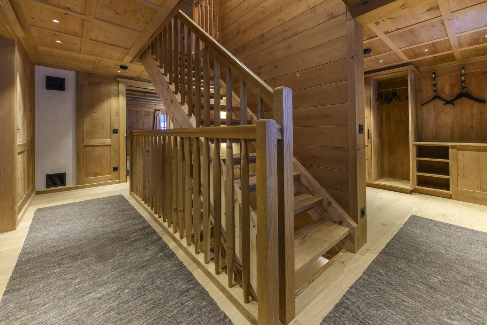 Exclusive mountain lodge Gauertal Montafon - corridor
