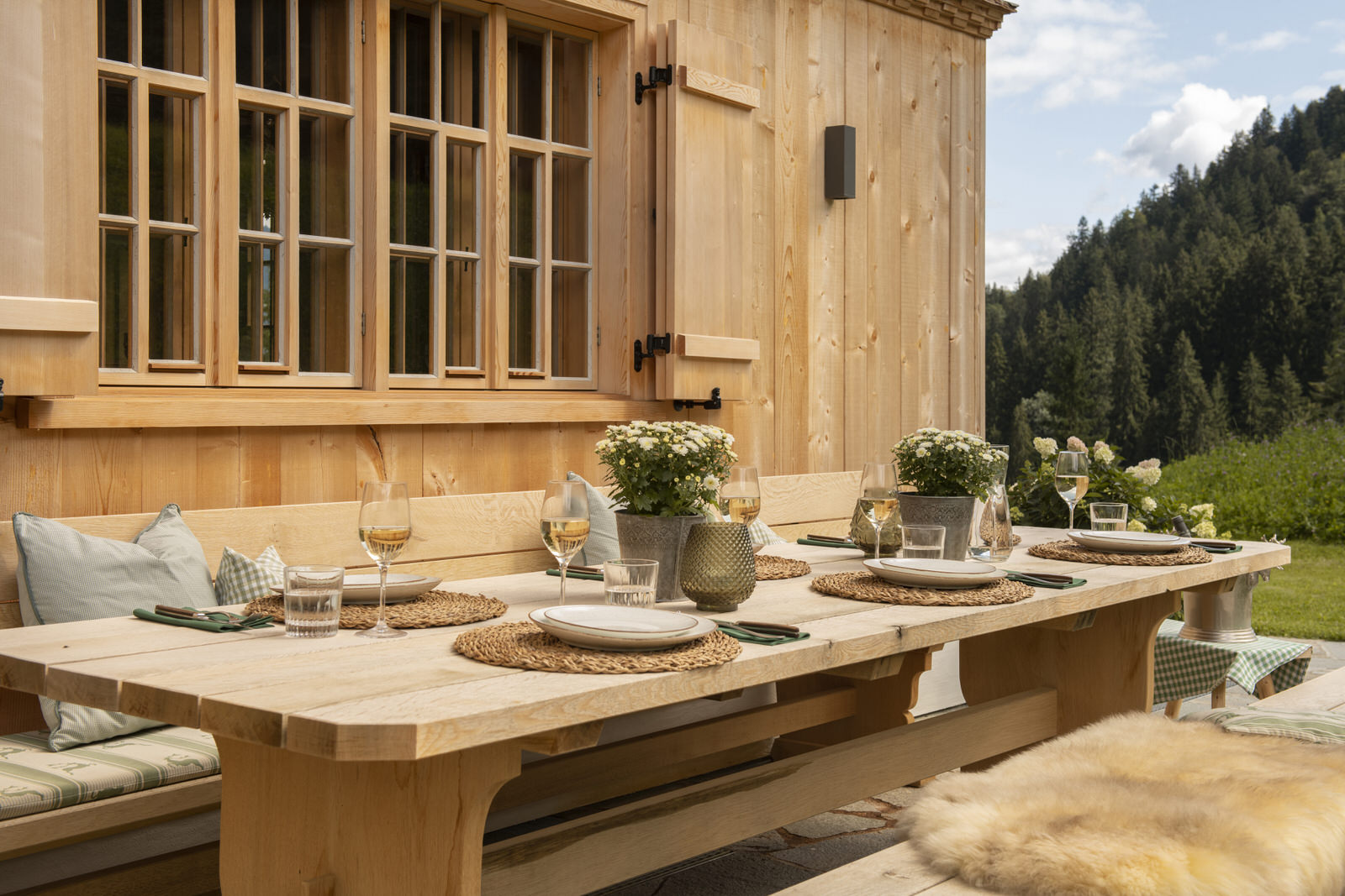 Exclusive mountain lodge Gauertal Montafon - outdoor seating