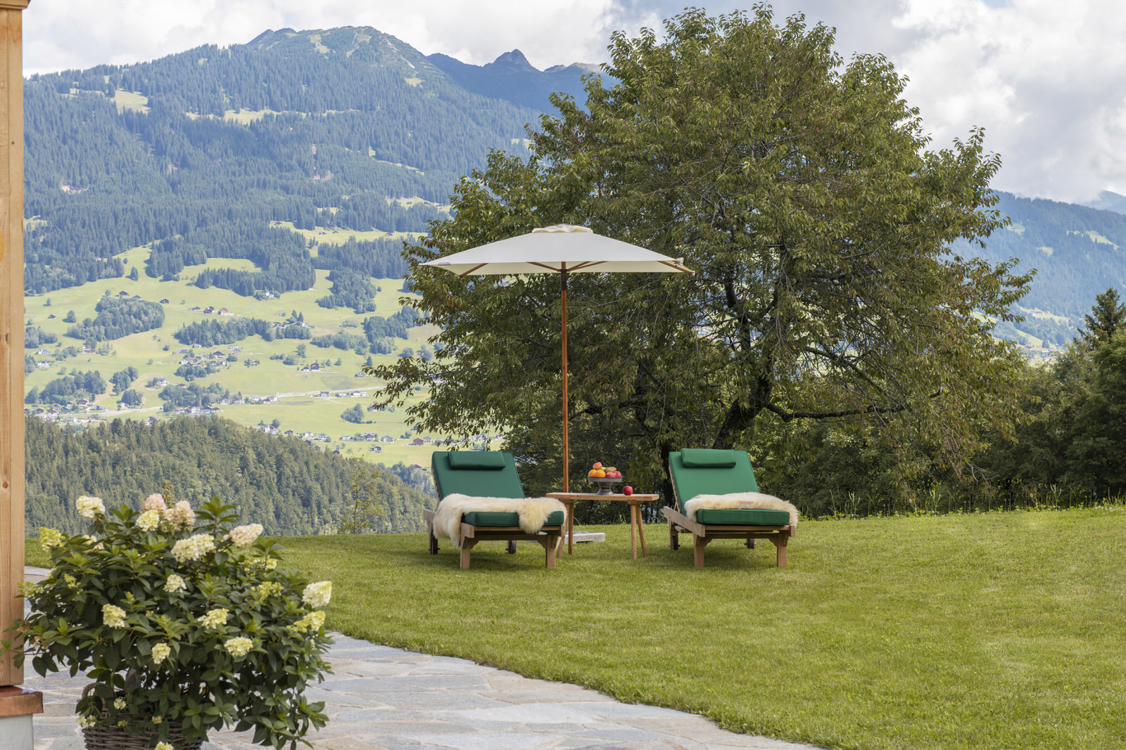 Exclusive mountain lodge Gauertal Montafon - outdoor area