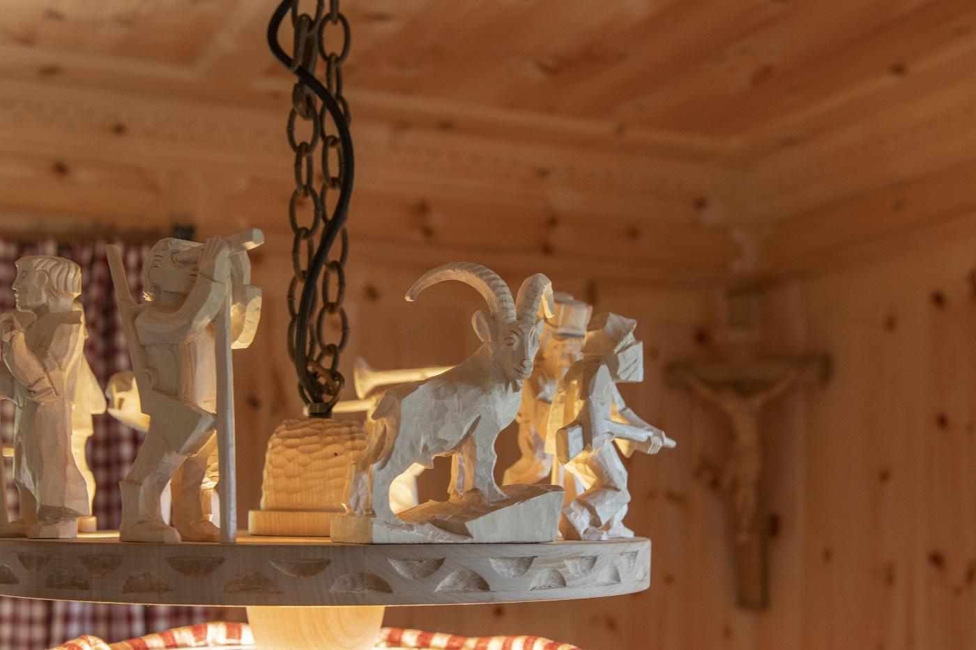 Berghaus Manuaf Stube Lampendetail