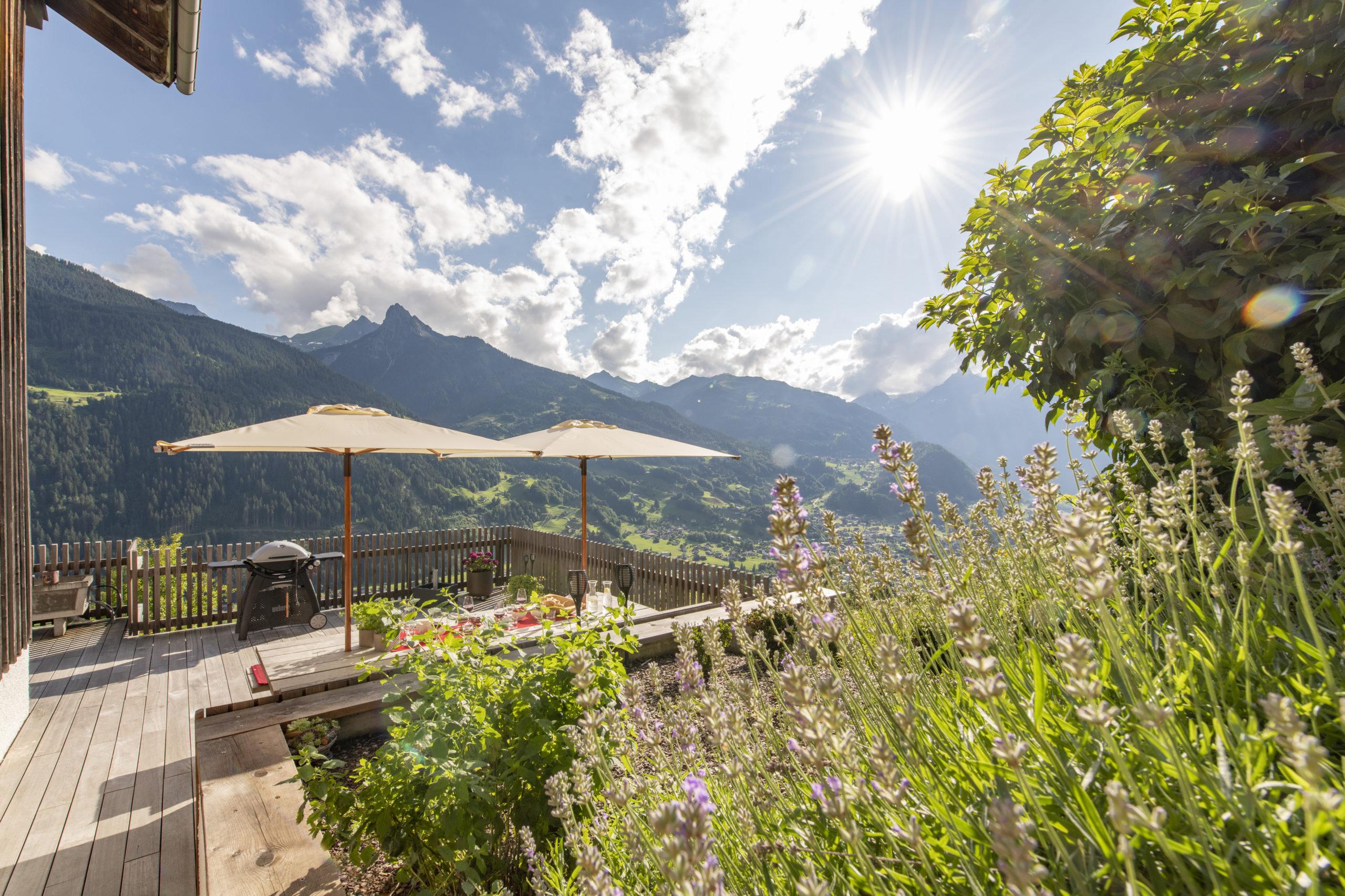 Altes Schulhaus Montafon Terrasse Mittagsspitze